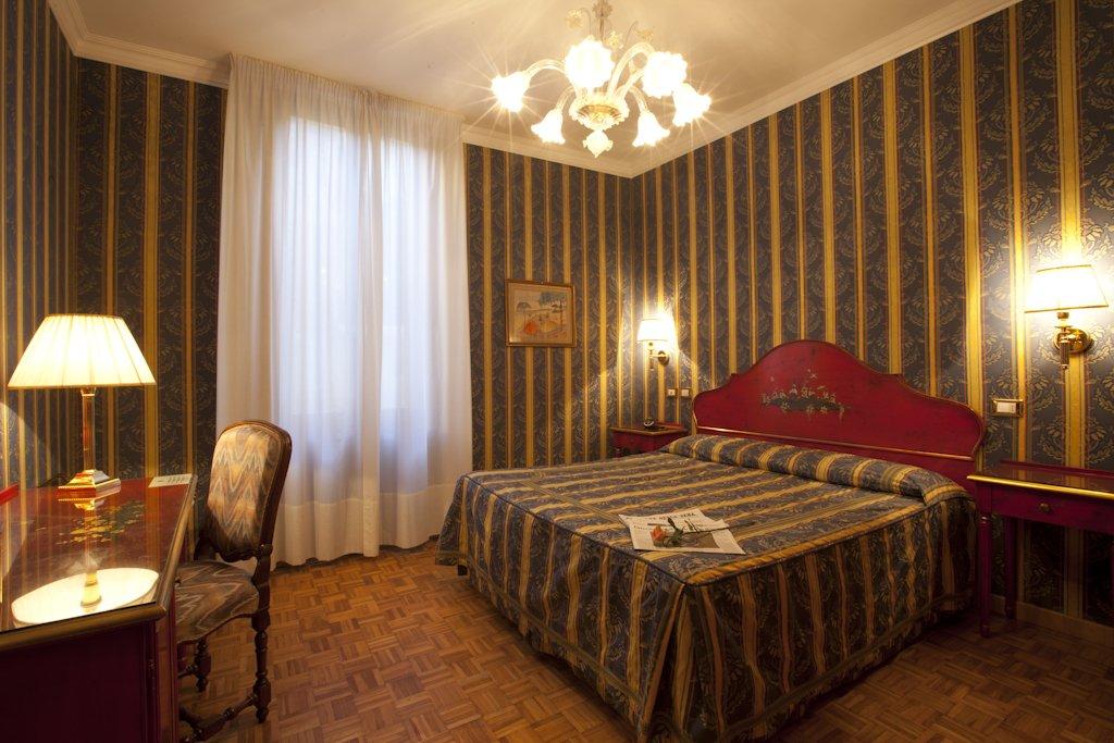 MAIN - Standard Room